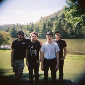 Clique band Topshelf Records